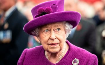 ملكة إليزابيث