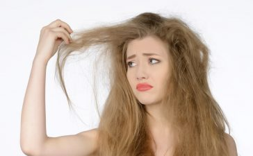 أسهل خلطة لترطيب الشعر الجاف جدا