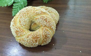 خطوات تجهيز خبز السمسم