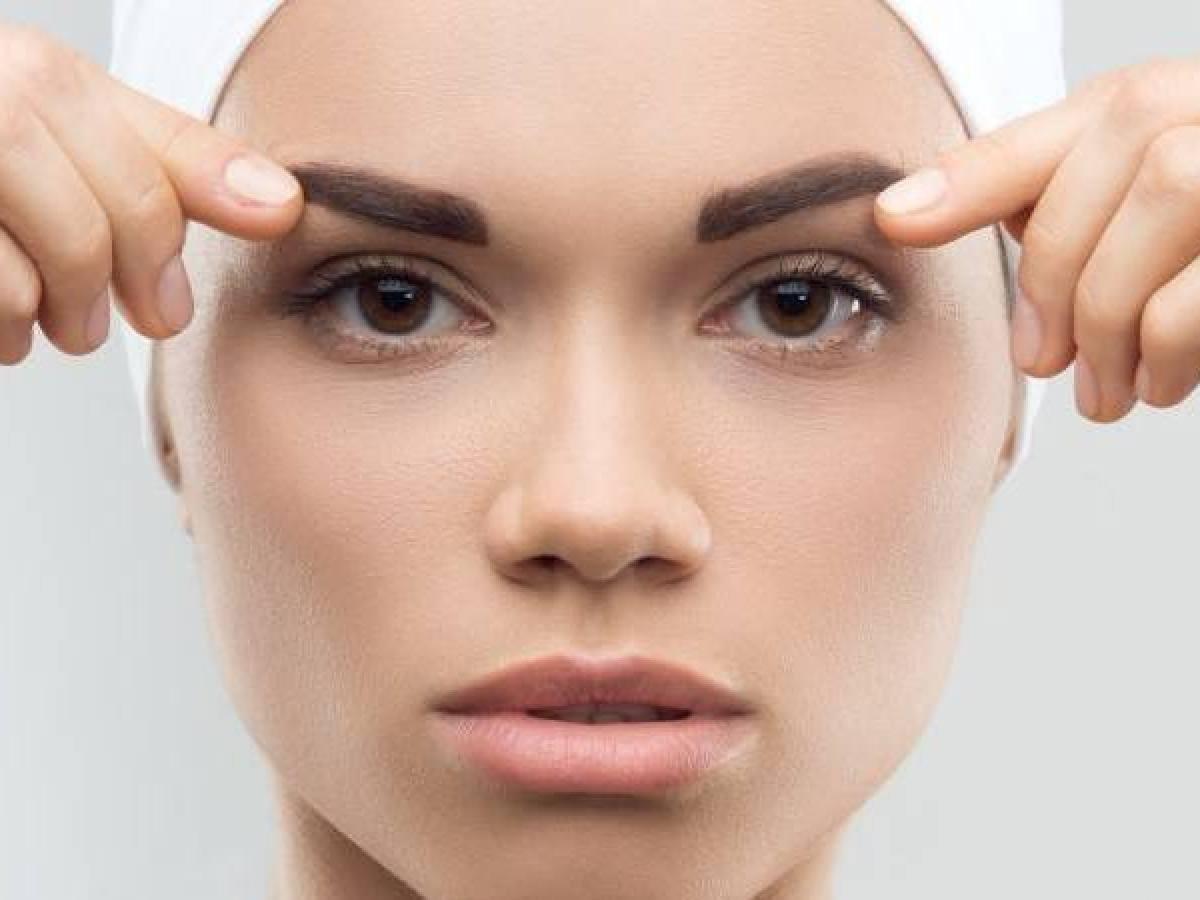اكتشفي أفضل أنواع الزيوت لتسمين الوجه بشكل طبيعي