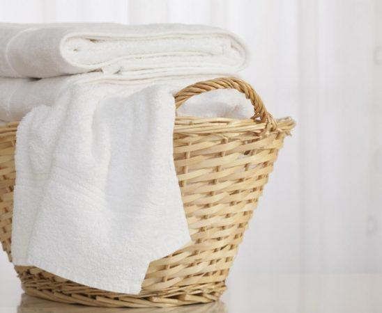 تنظيف ملابس بيضاء