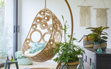 أفكار ديكور أنيقة لبلكونة المنزل الضيقة