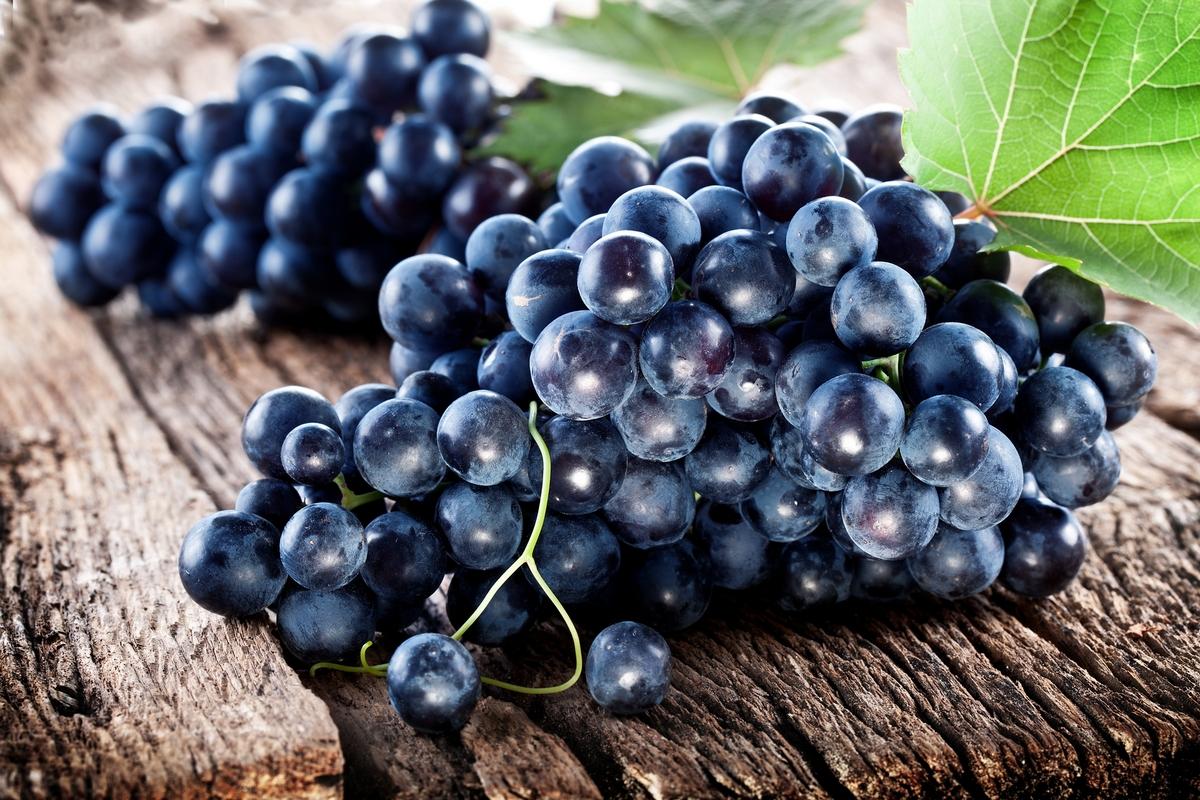 ريجيم العنب الأسود