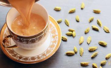 كيفية تجهيز شاي هندي بالهيل والحليب