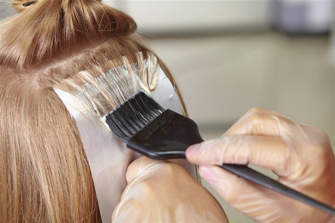 دليلك للتعامل مع حساسية صبغة الشعر مجلة سيدات الامارات