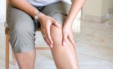 آلام العضلات الناجمة عن التوتر