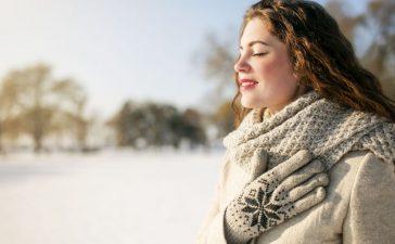 5 مواد أساسية يجب استعمالها للعناية بالبشرة في فصل الشتاء
