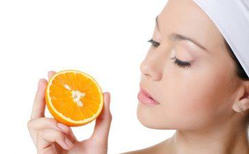 دللي بشرتك بهذه الوصفات في موسم البرتقال