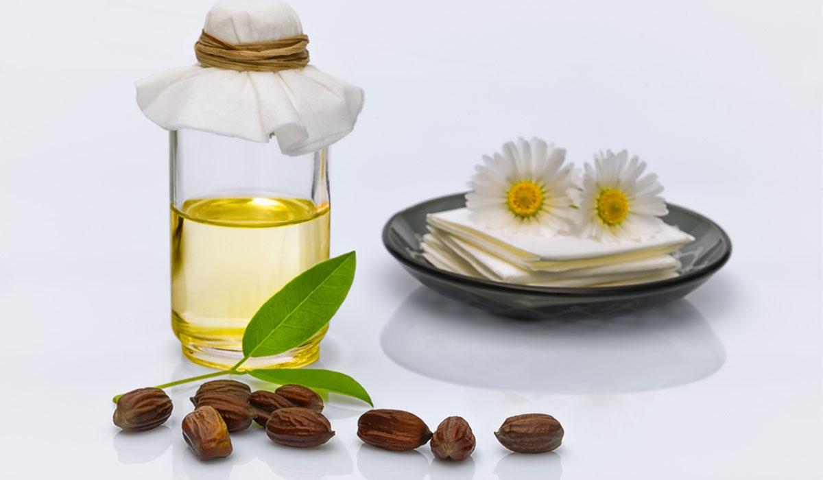 3 استخدامات جمالية لزيت الجوجوبا لا يجب عليك تفويتها