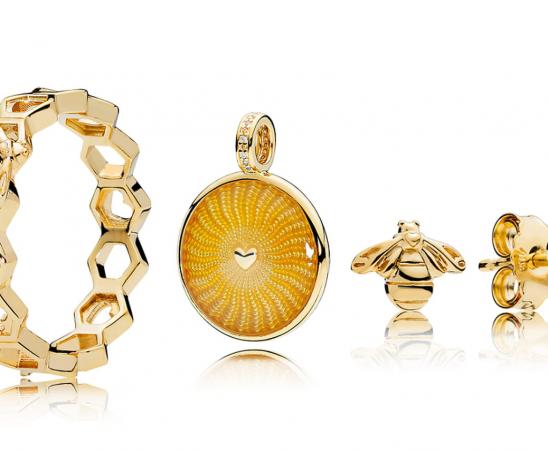أجمل موديلات المجوهرات بمناسبة عيد الأم