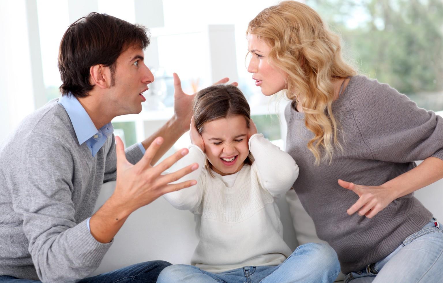 8 نصائح لتخفيف تداعيات الطلاق على الأبناء