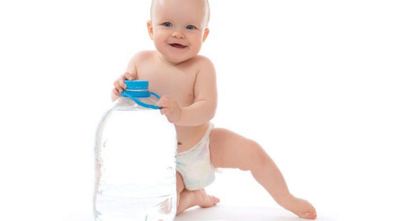 الماء للأطفال الرضع