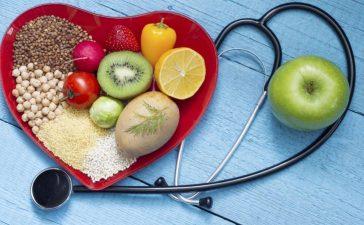 5 نصائح غذائية لخفض الكولسترول الضار في الدم