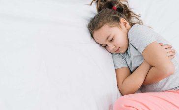 نصائح غذائية للتعامل مع الطفل المصاب بالإسهال