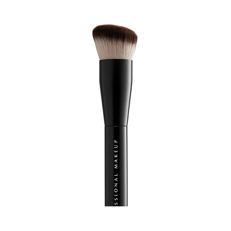 Faq-how-to-use-a-foundation-brush-Body01-mudc-080321