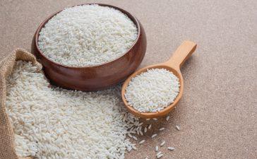 احصلي على بشرة ناعمة مع مقشرات الأرز