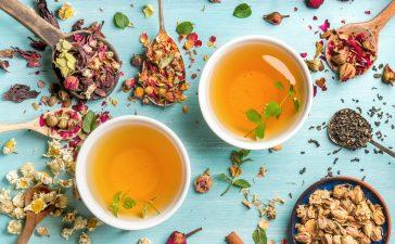 اكتشفي أفضل أنواع مشروبات الأعشاب لعلاج آلام الحلق